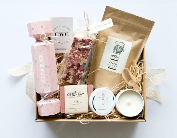 office gift ideas corporate hampers